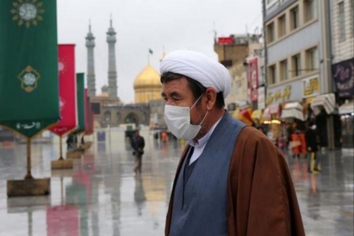 إيران: إغلاق واسع مع الارتفاع غير المسبوق بإصابات كورونا