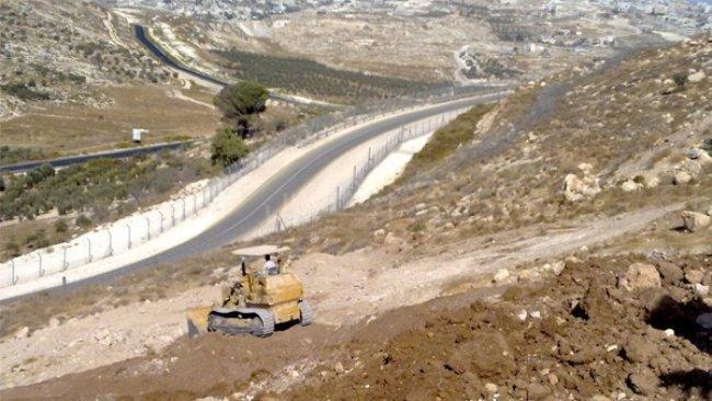 """من المرات المعدودة : """"مركز القدس"""" ينقذ ارضا زراعية من براثن المستوطنين"""