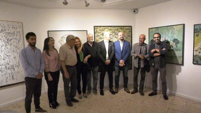 """بالفيديو : جاليري """"ذا وولد اوف"""" يفتتح معرضه الجماعي الرابع لمجموعة من الفنانين الفلسطيني من الوطن والشتات"""