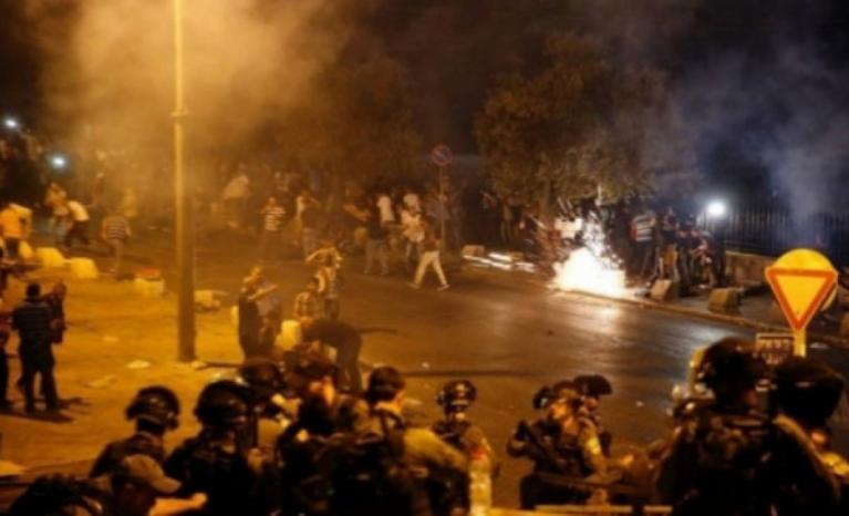 مواجهات مع الاحتلال في حي العيسوية والطور