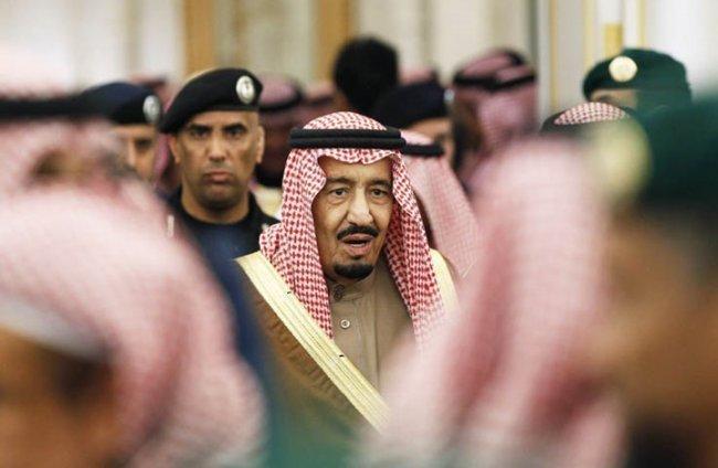 ملك السعودية يتقاضى شهريا ألفي ضعف راتب ترامب السنوي