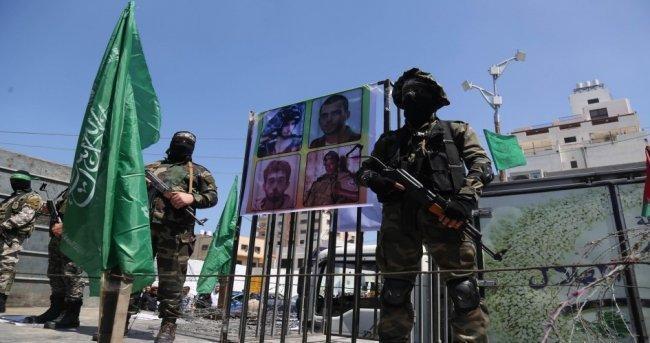 الاحتلال يدعو حماس للتفاوض حول صفقة الاسرى عبر وسيط