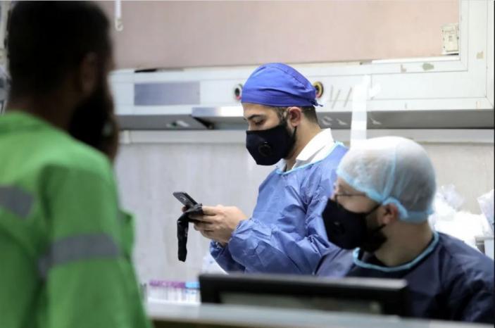 نقابة الأطباء لوطن: لا يوجد أي طبيب في الحجر الصحي