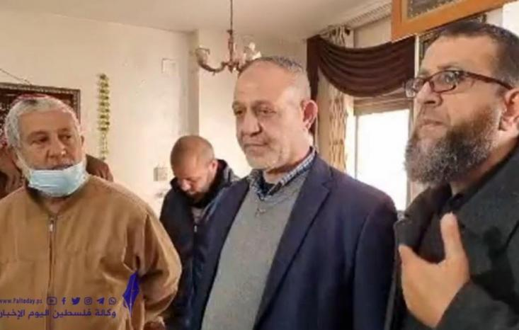 الاحتلال يفرج عن القيادي بسام السعدي