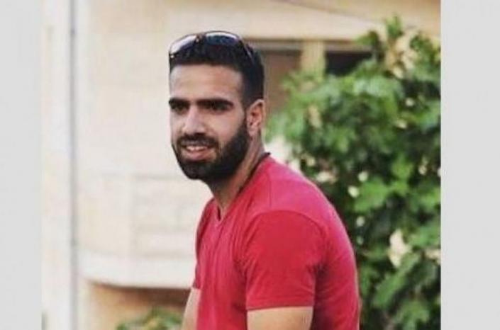 بعد 112 يوما.. الأسير إسماعيل علي ينتصر ويعلق إضرابه.. اتفاق بالإفراج عنه في حزيران القادم