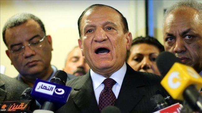 نقل رئيس أركان الجيش المصري السابق المعتقل سامي عنان إلى المستشفى