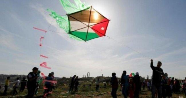 الاحتلال يحذر مستوطنيه بغلاف غزة: لا تقتربوا من الطائرات الورقية الحارقة