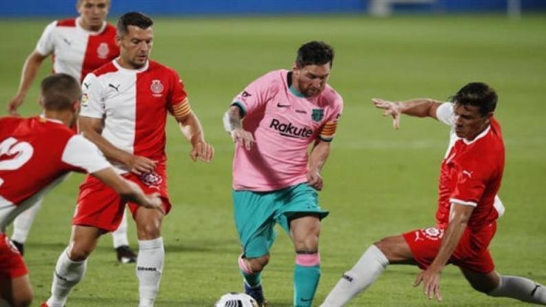 ميسي يقود برشلونة للفوز على جيرونا ودياً