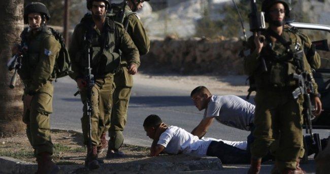 الاحتلال يعتقل الطفل صابر النجار من الخليل
