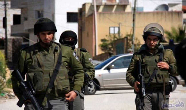 الاحتلال يعتقل الأسير المحرر عبد الكريم عثامنة بعد اقتحام قرية فقوعة شرق جنين