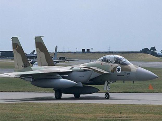 """الجارديان: """"سلاح الجو الاسرائيلي"""" نفذ معظم الضربات الجوية في ليبيا"""