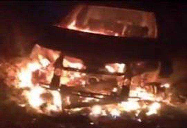احراق مركبة احد قادة فتح في غزة