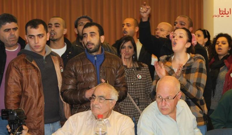 بالفيديو ... الشباب المقدسي يُفشل اجتماعا تطبيعيا في القدس