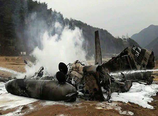 إسقاط طائرة عسكرية مصرية برصاص مهربين