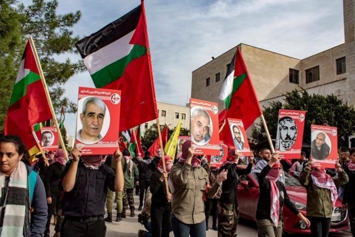 """الاحتلال يتوعد الجبهة الشعبية بمزيد من حملات الاعتقالات.. """"الشعبية"""" تؤكد """"لن ينال من عزيمتنا"""""""