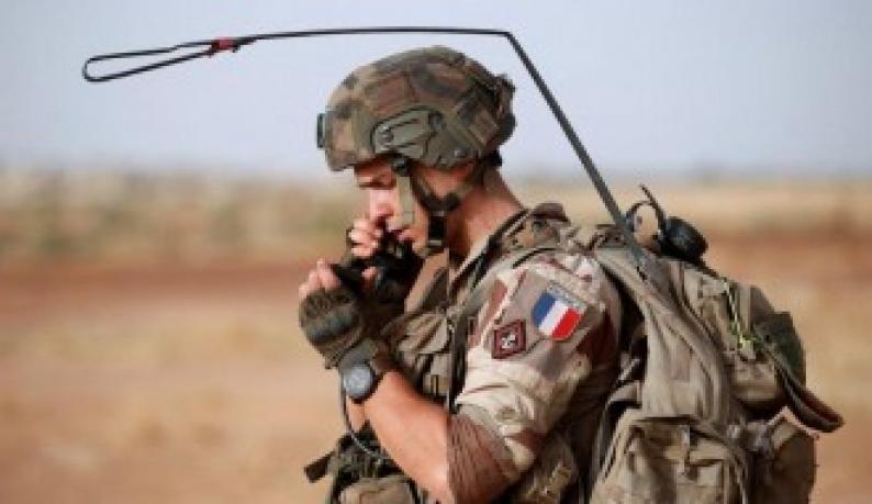 """فرنسا تعلن مقتل قيادي بـ""""القاعدة"""" في عملية شمالي مالي"""