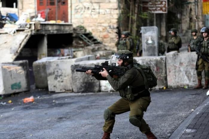 إصابة شاب بجروح برصاص الاحتلال قرب الحرم الإبراهيمي