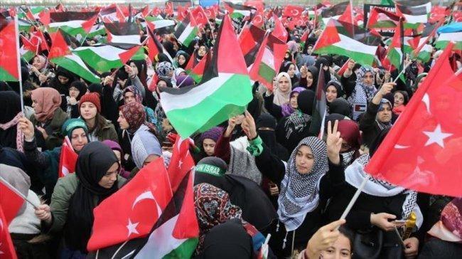 مئات الآلاف يتجمعون في إسطنبول نصرة للقدس
