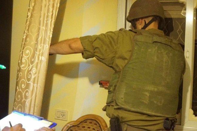 الاحتلال يأخذ قياسات منزل جنوب بيت لحم تمهيداً لهدمه
