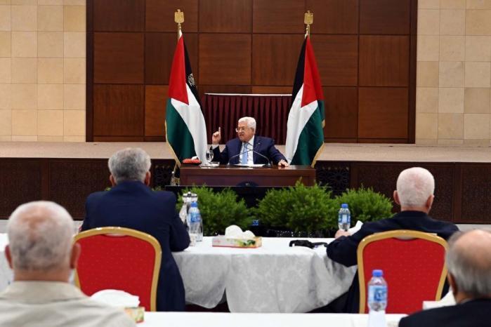 قناة عبرية عن مسؤول فلسطيني: الرئيس عباس يصدر تعليمات للأمن بوقف فوري للتنسيق مع الاحتلال