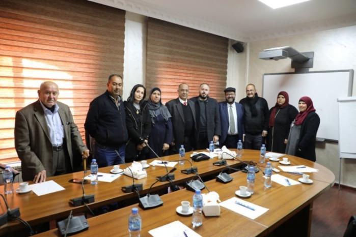 أهالي الشهداء المحتجزة جثامينهم يُطالبون بالضغط على الاحتلال لإنهاء معاناتهم