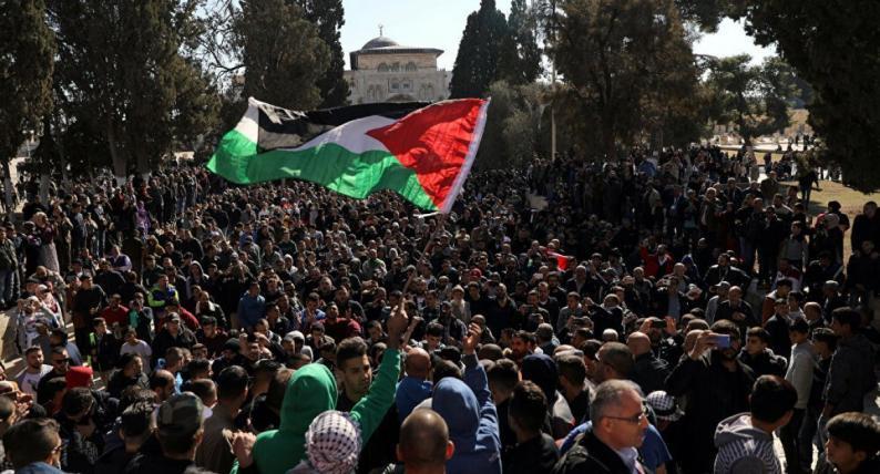 حماس تدعو أهالي القدس للنفير العام غدا الثلاثاء