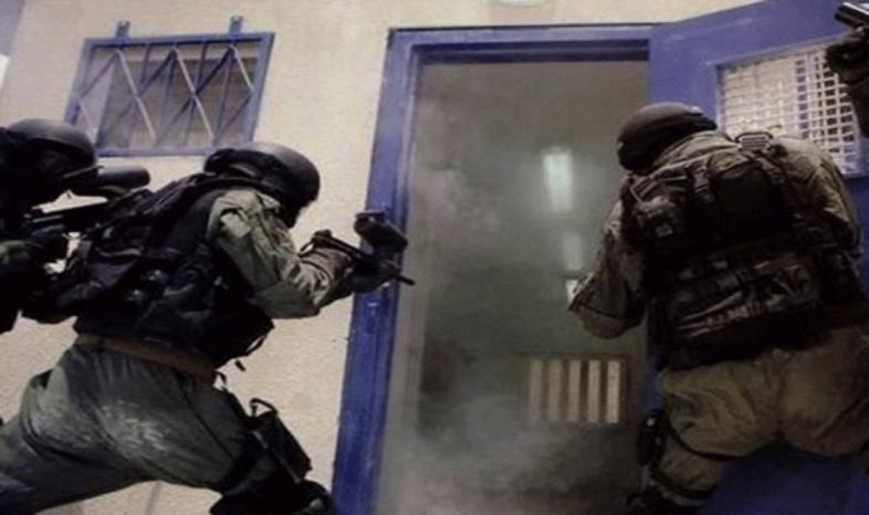 """قوات القمع تقتحم قسمي 5 و6 في سجن """"مجدو"""" وتعتدي على الأسرى"""