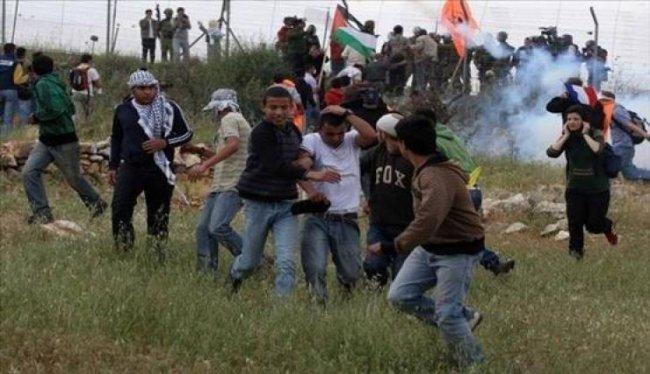 إصابات بالاختناق خلال قمع الاحتلال مسيرة نعلين الأسبوعية