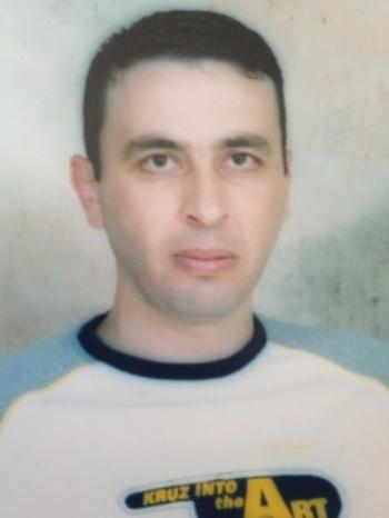 """يدخل عامه الـ 18 في السجون مضربا عن الطعام .. أحمد """"الفرنسي"""" رافق مروان البرغوثي ومكوك عمليات كتائب الاقصى"""