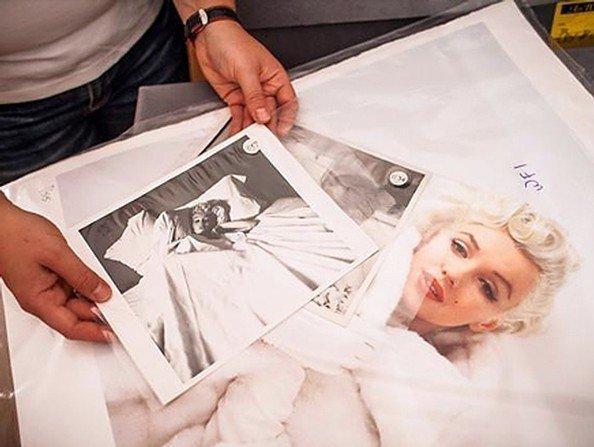 صورة لمونرو على السرير بفستان باليه بـ20 ألف دولار