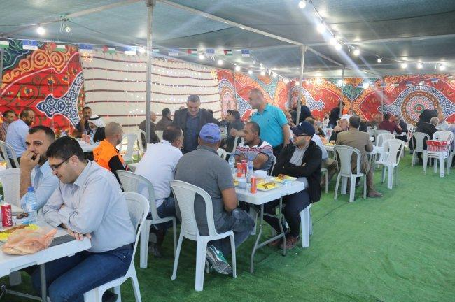 """الاتحاد الأوروبي وبلدية السموع ينظمان إفطارا رمضانيا """"بخربة السيميا"""" في السموع"""