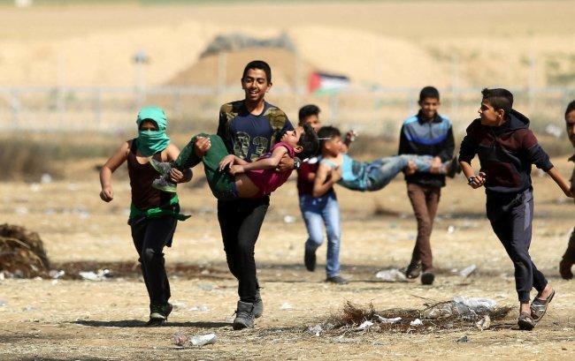 إصابات إثر استهداف الاحتلال مسيرات العودة بقطاع غزة