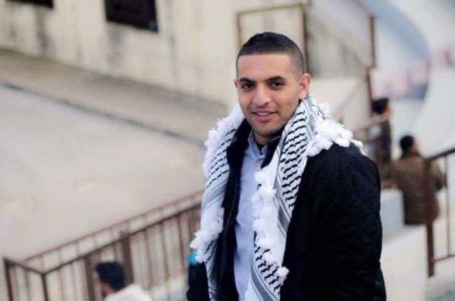 الاحتلال يجدد الاعتقال الاداري بحق الاسير عبد العزيز السويطي