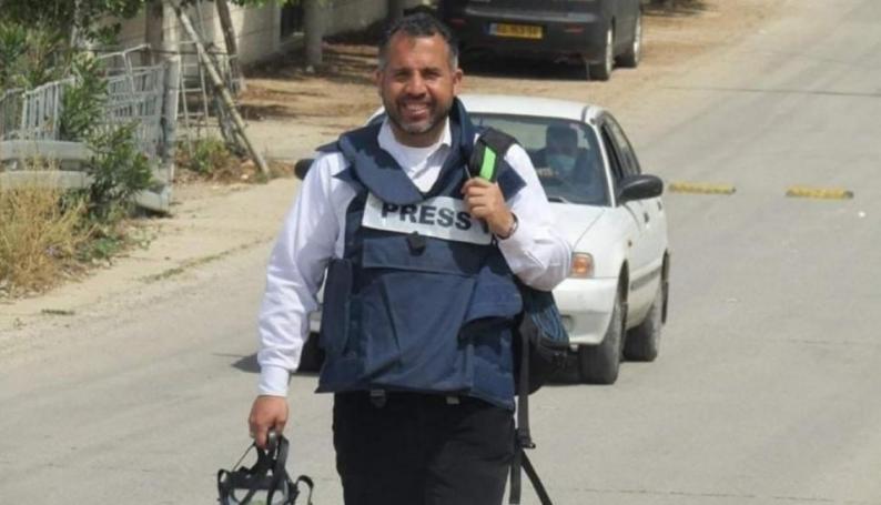 الأسير الصحفي علاء الريماوي يواصل إضرابه لليوم 14
