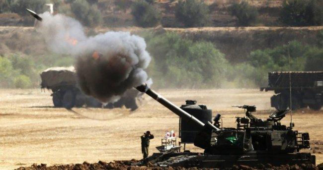 دبابات الاحتلال تستهدف نقطة رصد للمقاومة شرق غزة
