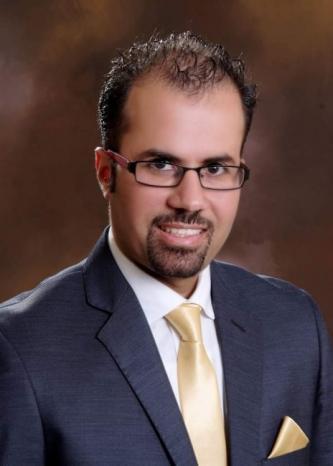 مستشفى جمعية بيت لحم العربية للتأهيل يضم لطواقمه الدكتور موسى الفقهاء استشاري جراحة العيون