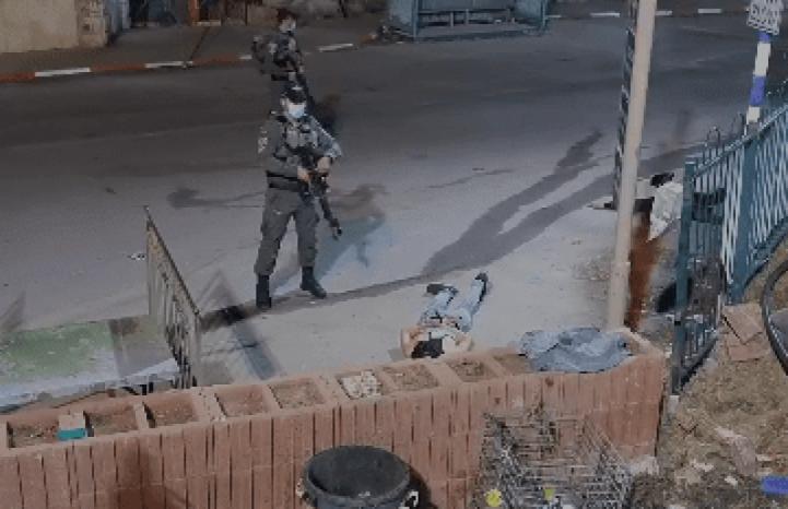 الاحتلال يعتقل شابين قرب الحرم الإبراهيمي