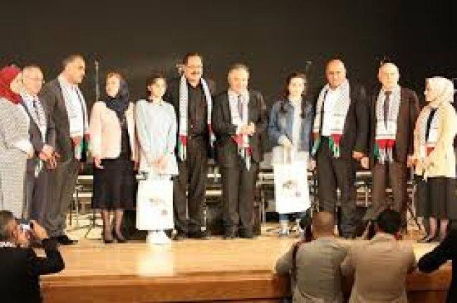 مديرية تربية جنين تفوز بالبطولة الوطنية لفن المناظرة