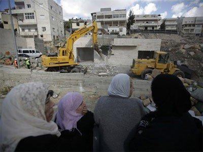 الاحتلال يهدم منزلا في قرية الجيب قرب القدس