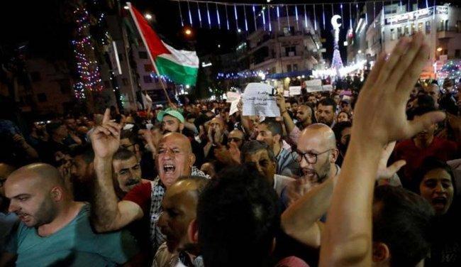 الجبهة الشعبية: منع السلطة للمسيرات مخالف للقانون والقرار للشارع