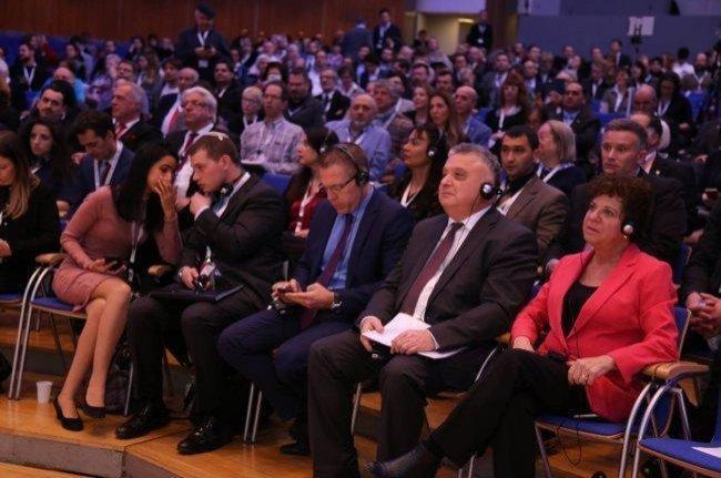 """رجل الأعمال هاني العلمي والمحاضر محمد الدجاني على رأس مؤتمر تطبيعي لتحسين صورة """"إسرائيل"""""""