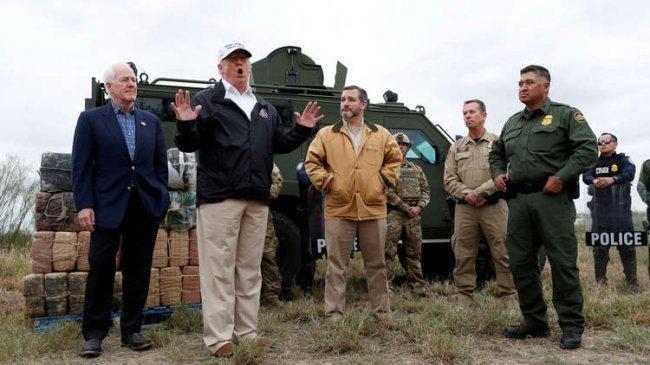 سيناتور جمهوري يدعو ترامب لإعلان الطوارئ في الولايات المتحدة لبناء الجدار مع المكسيك
