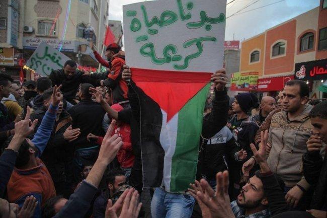 الشعبية تدعو حماس لتغليب لغة العقل والانحياز لنبض الشارع