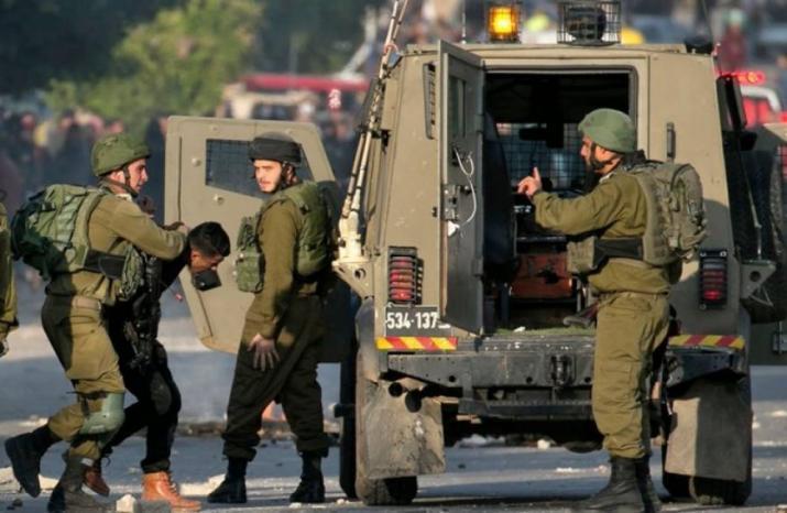 مركز القدس: الاحتلال اعتقل 367 مواطنا في حزيران، بينهم نائب وصحفي و18 سيدة