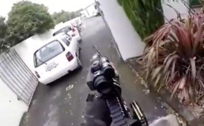 معاني الكلمات المكتوبة على سلاح الإرهابي الذي نفذ مجزرة نيوزلندا
