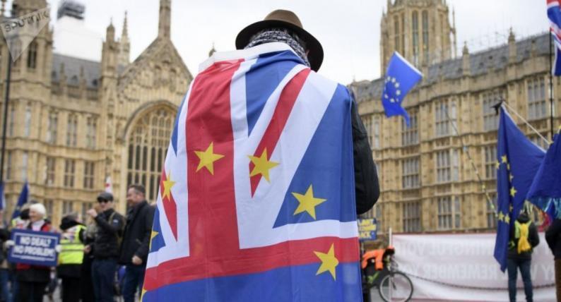 المفوضية الأوروبية والمجلس الأوروبي يوقعان على اتفاقية بريكست