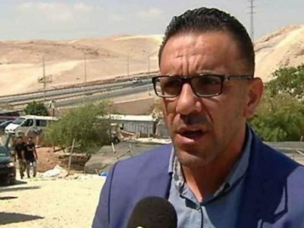 الاحتلال يسلم محافظ القدس قراراً يمنعه من دخول الضفة لمدة 6 شهور