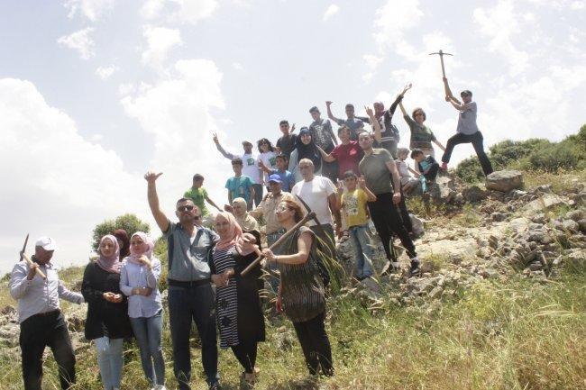 الإغاثة الزراعية تنظم يوما تطوعيا لزراعة أشجار الزيتون في بلدة نزلة الشيخ في جنين