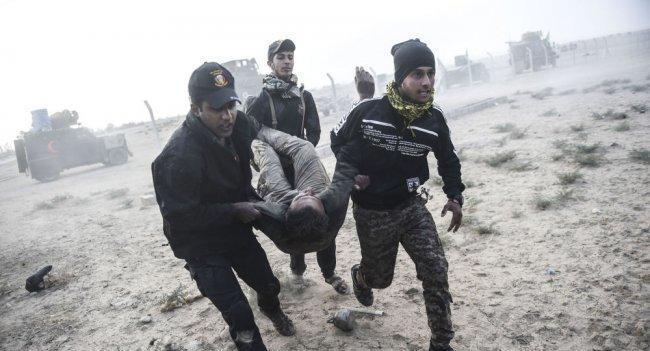 مقتل 13 عراقياً بانفجار سيارة مفخخة غربي الموصل