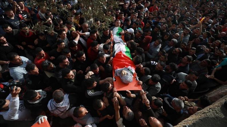 تشييع جثمان الشهيد الطفل محمد حمايل